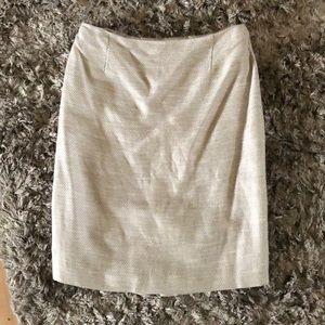 Antonio Melani size 4. Cream skirt